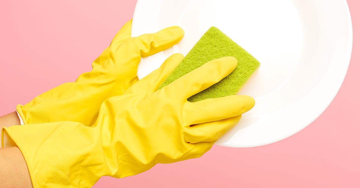Też tak używasz gąbki kuchennej? To bardzo źle!