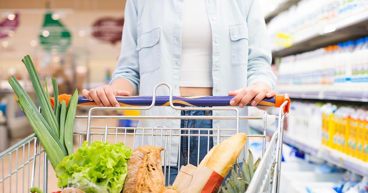 Jak bezpiecznie zrobić zakupy w sklepie spożywczym?