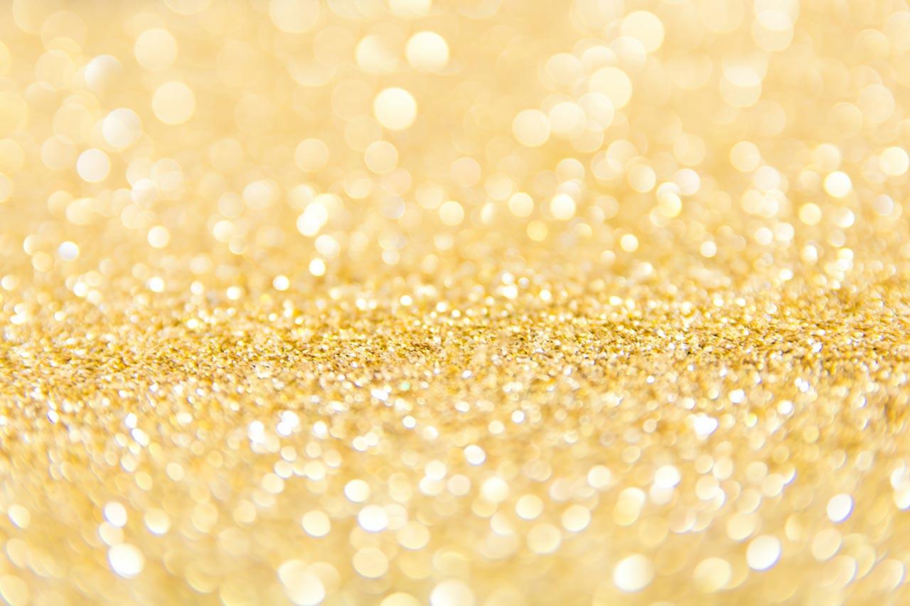 Złota listwa dekoracyjna do glazury – remont roku 2020