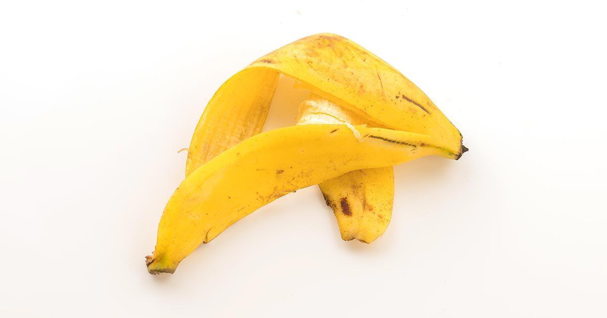 Ten sposób na wykorzystanie skórki od banana jest genialny