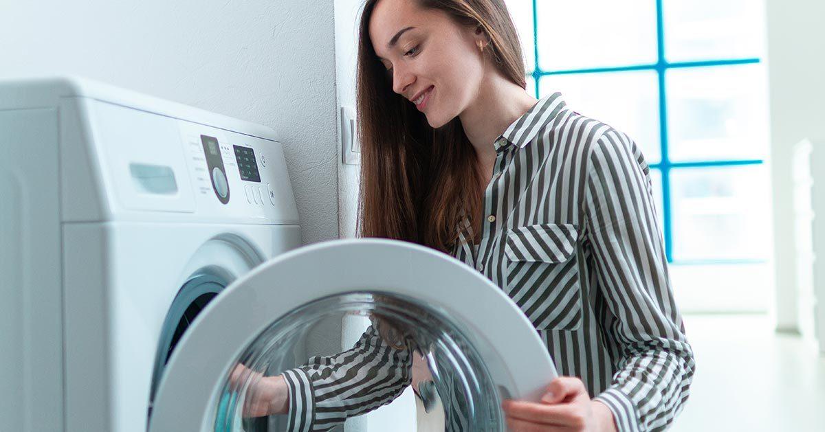 Te 3 rzeczy możesz prać w pralce. Czemu tego nie robisz?
