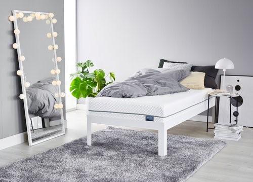 Jaki materac wybrać do sypialni? Piankowy czy może sprężynowy?