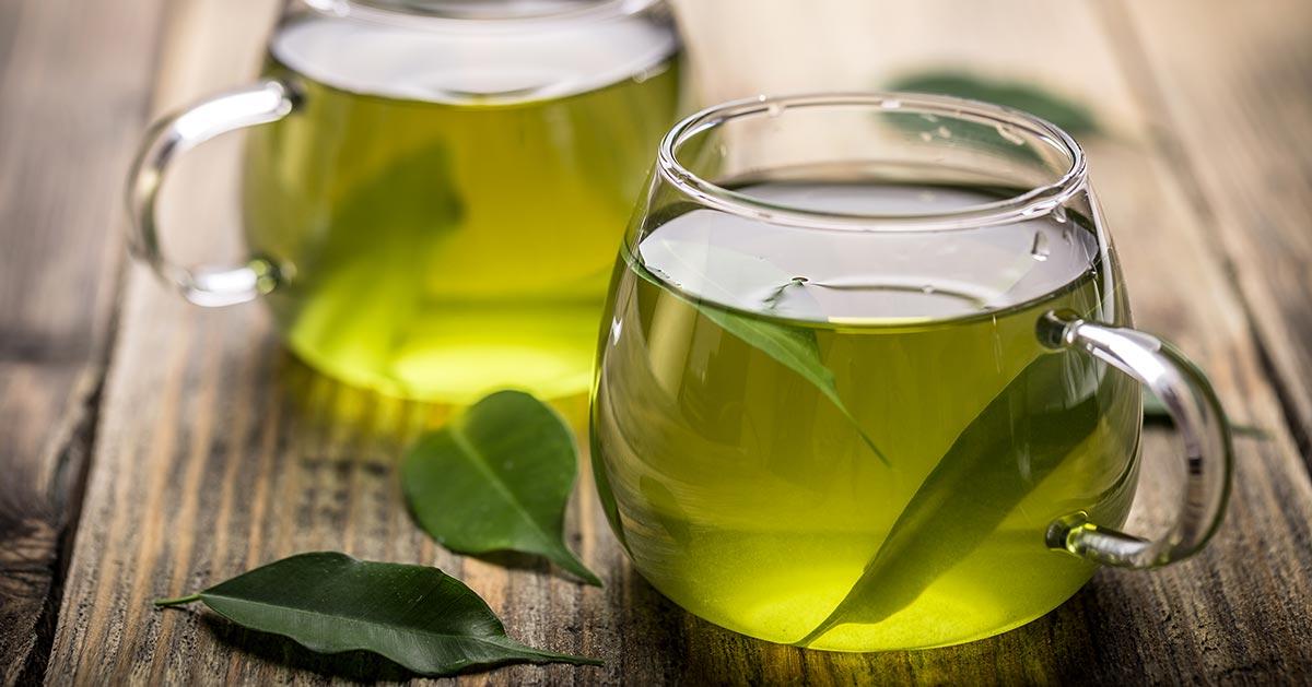 Masz ten objaw? Pijesz za dużo zielonej herbaty!