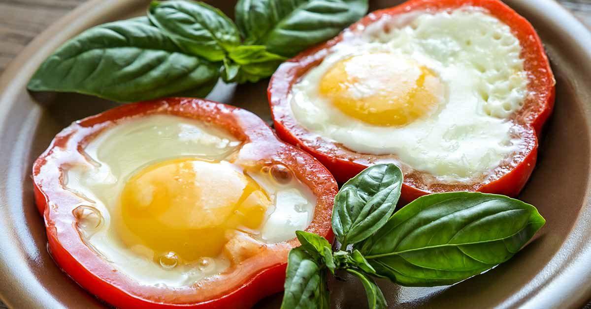 Jajka smażone w papryce