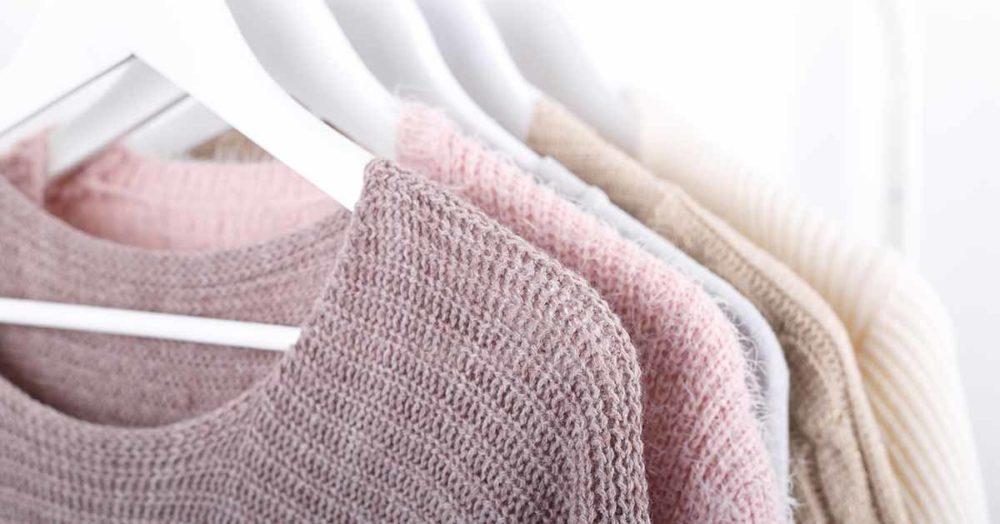 Jak prać swetry, aby ich nie zniszczyć?
