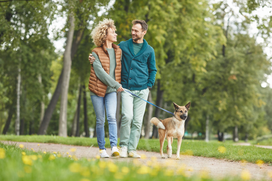 Ministerstwo Zdrowia wydało zalecenia jak mamy spacerować