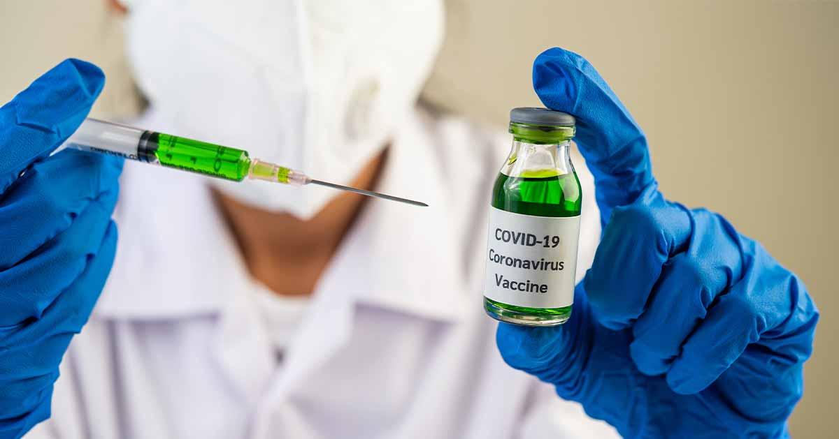 Rząd chce zaszczepić na COVID-19 każdego dorosłego Polaka