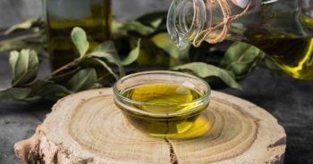 Sposób na umycie garnków po oleju