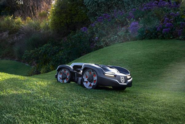 robot koszący trawnik