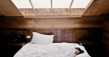 Pościel bawełniana czy satynowa – jaką pościel do sypialni wybrać?